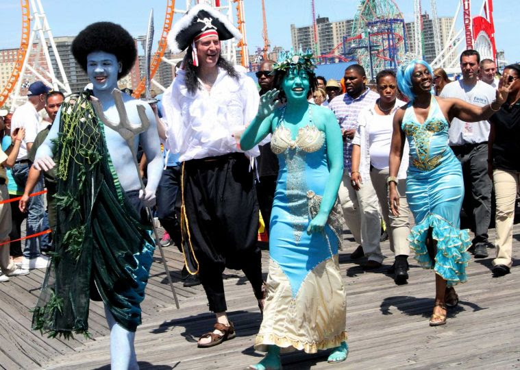 Bill de Blasio and his wife at the Mermaid Parade