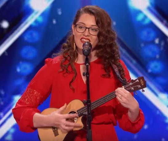 Mandy Harvey deaf singer